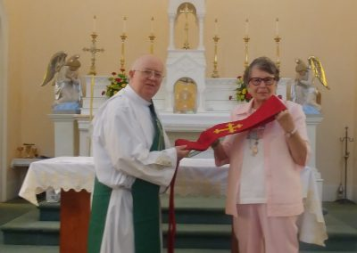 Deacon Groves receives gift